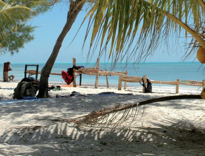 Zanzibar – bílé pláže, africká exotika a teplé moře.