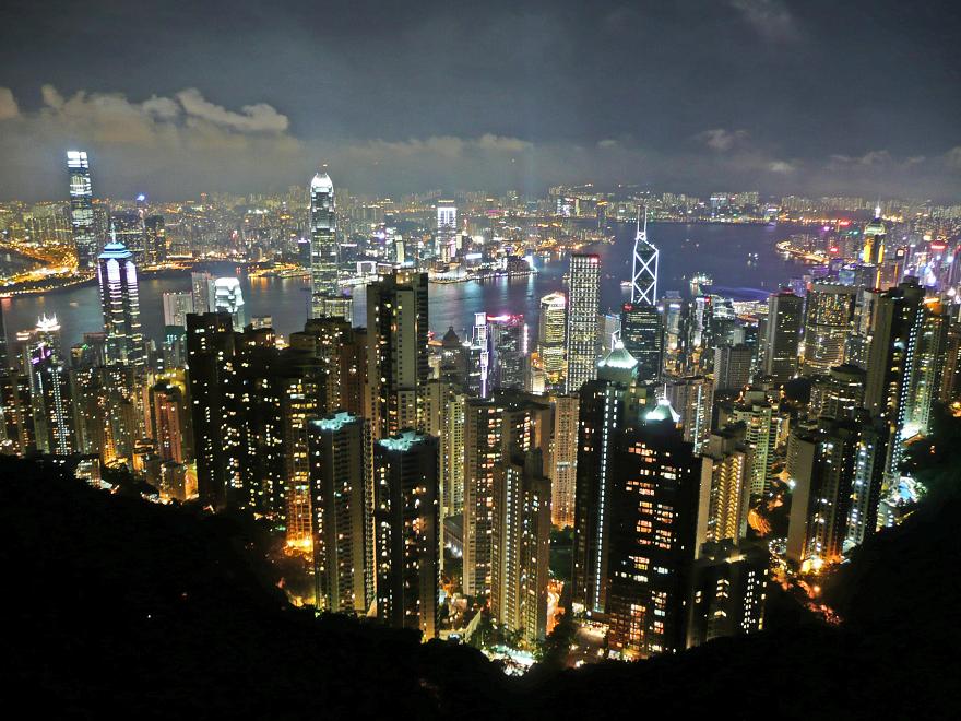 O Hongkongu se říká, že má nejkrásnější panorama na světě. Je to jedna z mála výhod vertikálního bydlení.