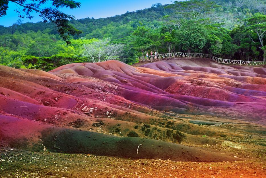Sedm barev - tolik jich napočítáte v dunách Chamarel.