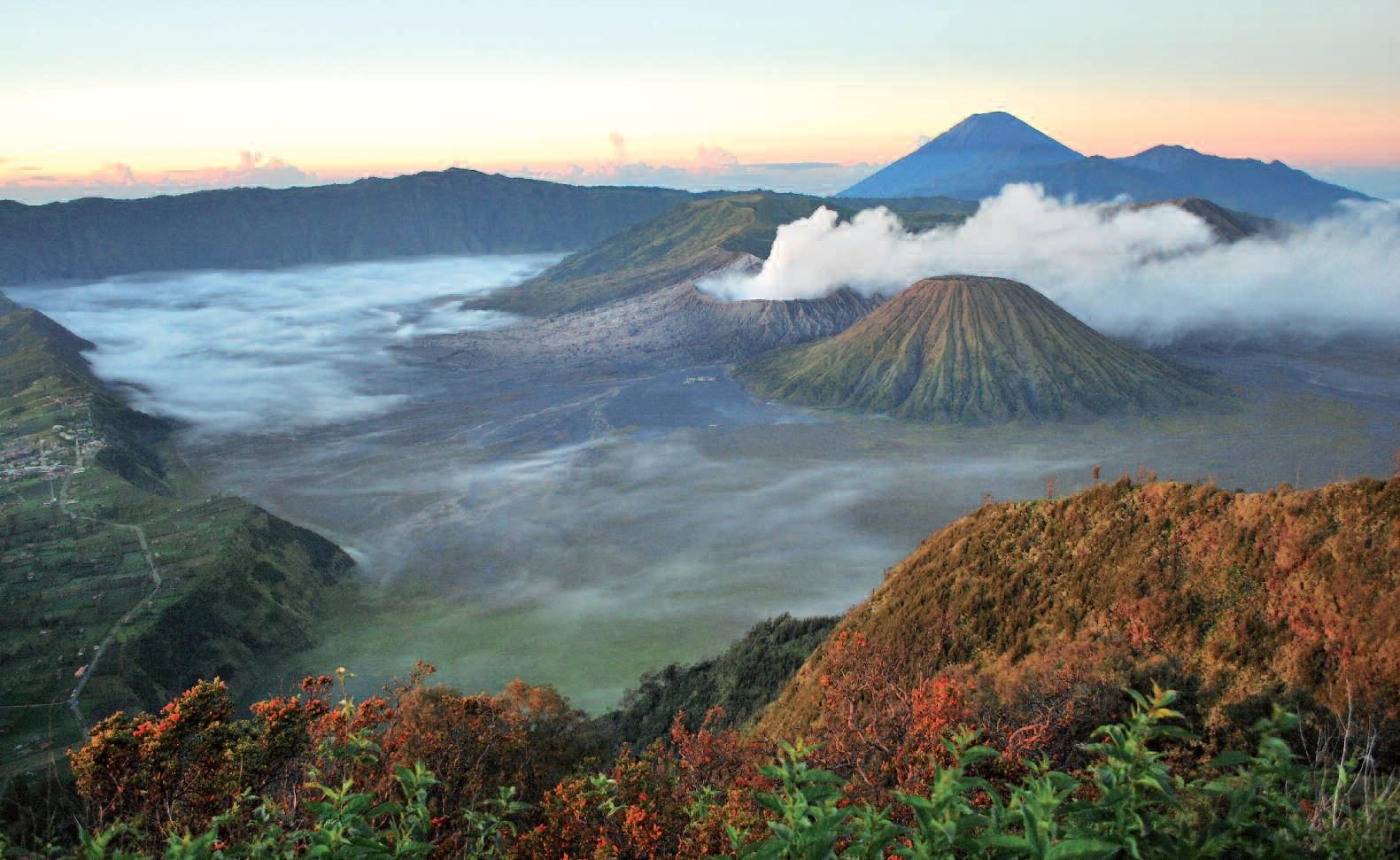 Okolí sopky Bromo je nejfotografovanější přírodní scenérií Indonésie.