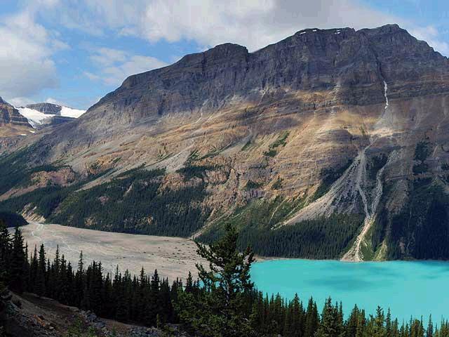Skalisté hory jsou doslova rájem na zemi.