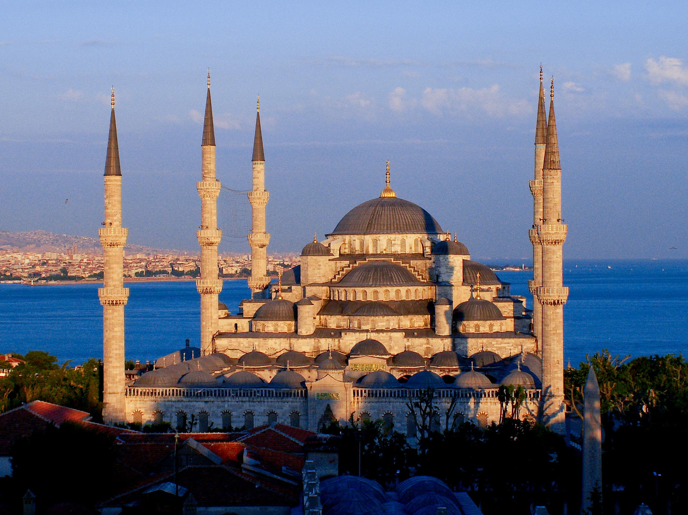 Modrá mešita – leží jen kousek od Hagia Sofia na Zlatém rohu.