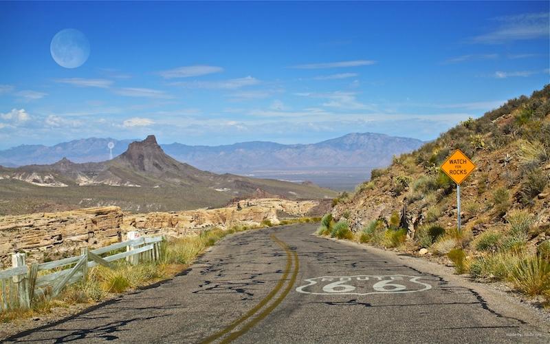 Jako krajina duchů vypadají některé úseky slavné Route 66.