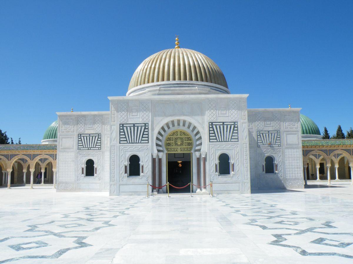 Vydejte se v září na dovolenou do Tuniska. Počasí tady přeje ještě stále koupání.