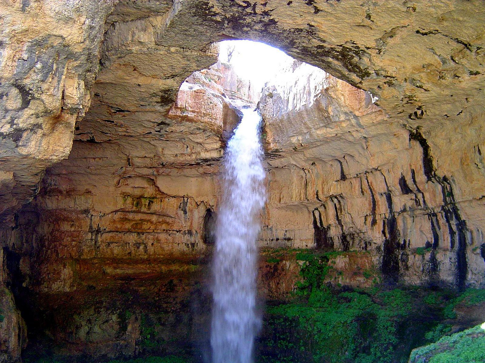 Během pár měsíců v roce je zdejší vodopád velmi populárním fotografickým modelem!