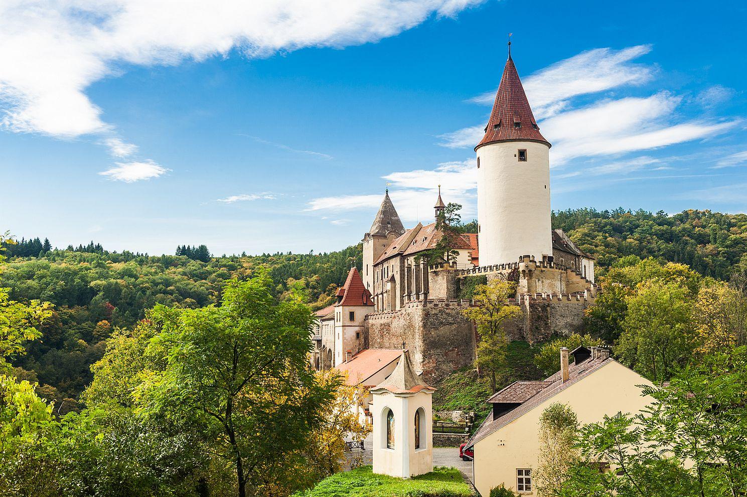 Zmínky o tom, že hrad Křivoklát sloužil českým knížatům a králům, máme už z 11. století.