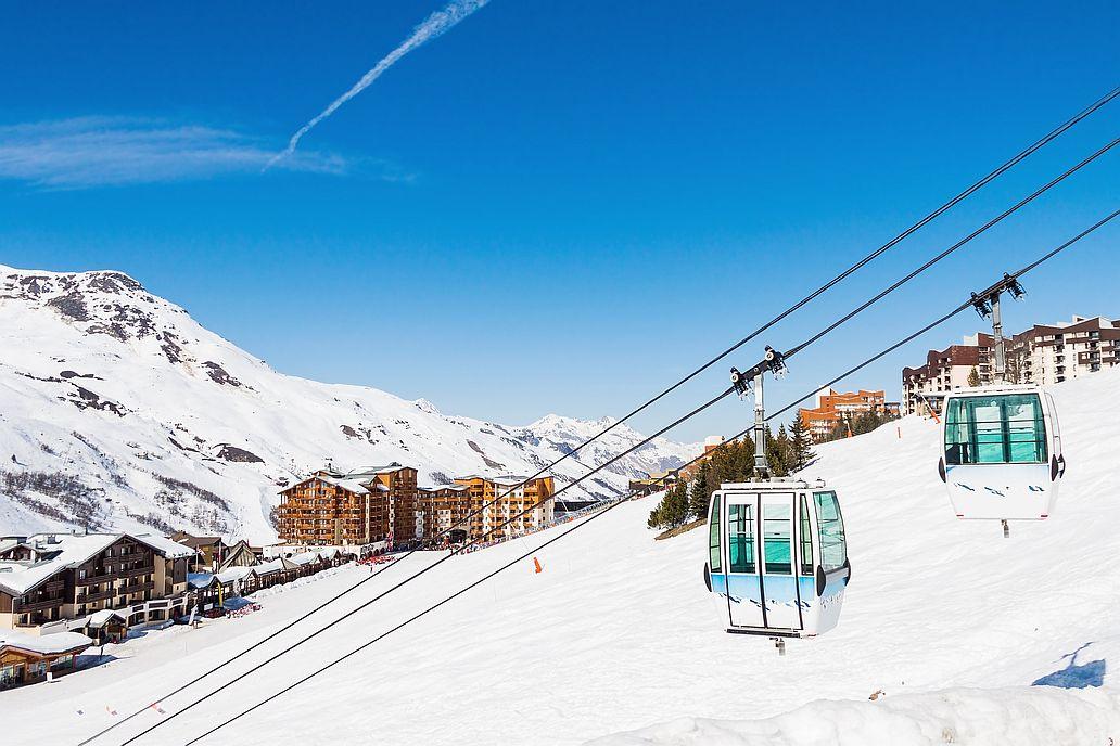 Sjezdovky ve Val Thorens patří do vyhlášené lyžařské lokality Tři údolí.