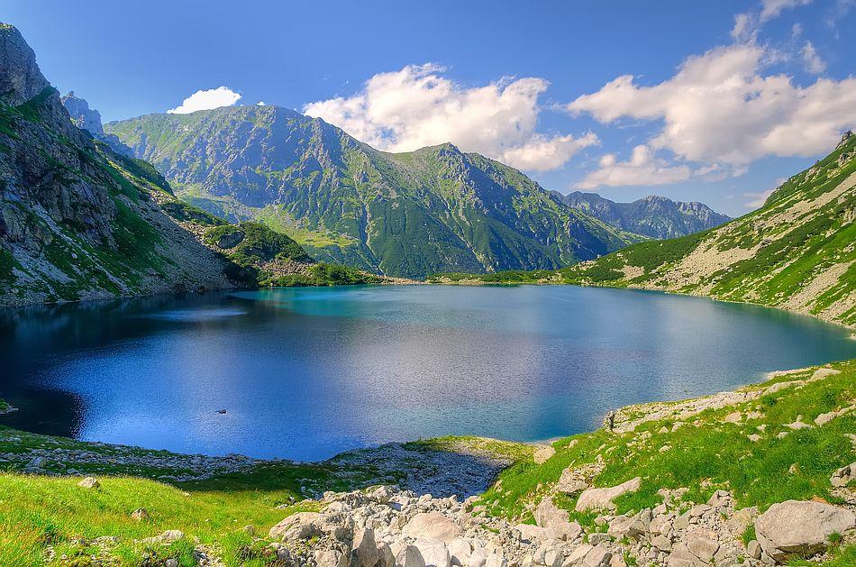 Výhled na tatranské Rysy je překrásný.