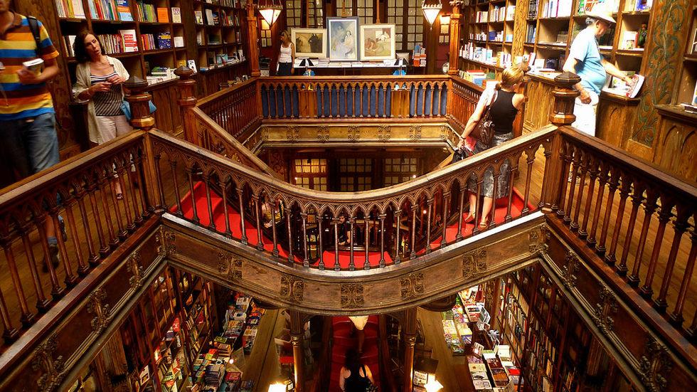 Nejhezčí knihkupectví na světě je v Portu!
