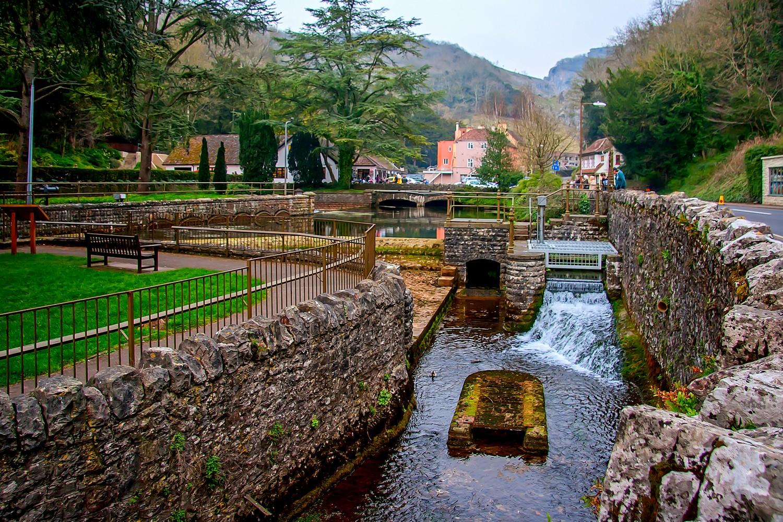I procházka samotnou vesnicí stojí za to. Je tu báječně.