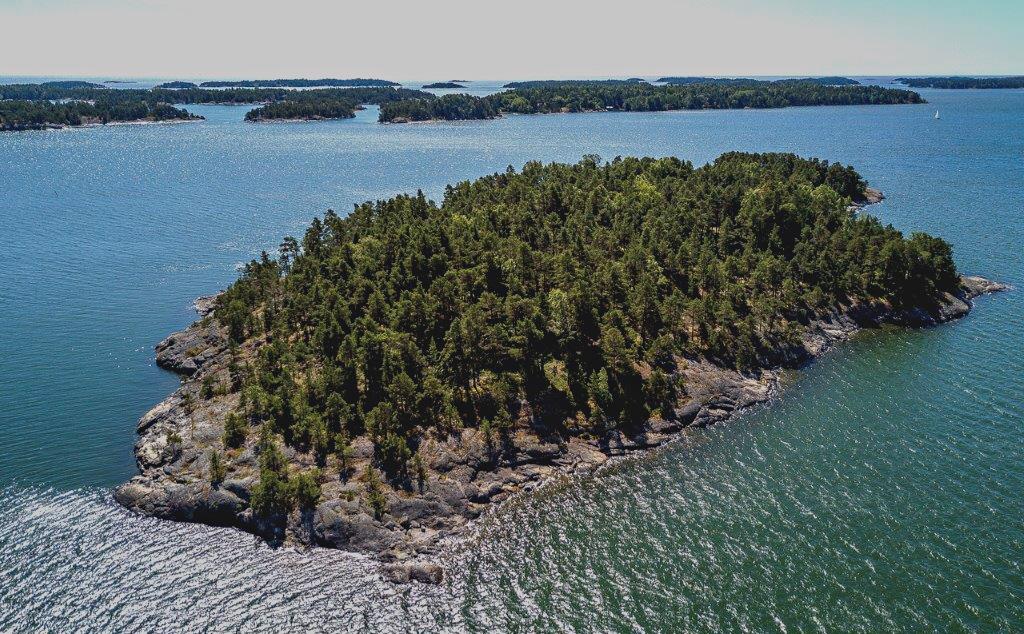 Na nápad vytvořit SuperShe Island přivedl americkou podnikatelku paradoxně její manžel.